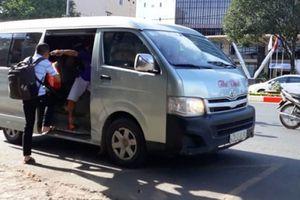 Nhà xe hoạt động trá hình: Bỏ bến chạy dù, giành khách với buýt