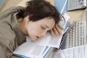Mùa thi nào cũng phải thức đêm học bài nhưng bạn đã biết cách lên chiến lược để thức đêm hiệu quả chưa?