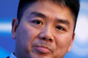CEO JD.com tụt hạng trong danh sách người giàu nhất Trung Quốc sau khi bị bắt tại Mỹ vì cáo buộc hiếp dâm