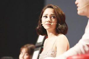 Bảo Anh xúc động khi nghe thí sinh nhí hát nhạc Phan Mạnh Quỳnh