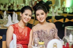 Dù hơn 12 tuổi, Hoa hậu Dương Thùy Linh vẫn tự tin đọ sắc bên Á hậu Huyền My