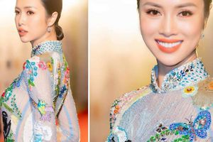 Vũ Ngọc Anh gợi cảm với áo dài tại LHP quốc tế Hà Nội