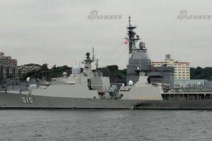 Đọ uy lực tàu chiến trong tập trận chung Trung Quốc - ASEAN