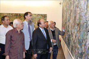 Thủ tướng Nguyễn Xuân Phúc thăm Bảo tàng Mỹ thuật Việt Nam