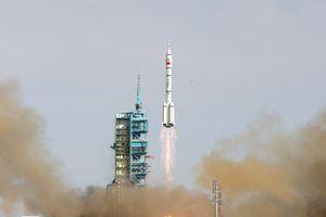 Tên lửa thương mại đầu tiên của Trung Quốc phóng thất bại