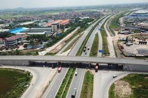 Bắc Giang: Chỉ đạo rà soát thủ tục hành chính, thành lập đường dây nóng để hỗ trợ doanh nghiệp.