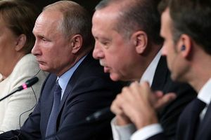 Thượng đỉnh Istanbul về Syria: Nga cứng rắn, đòi Iran 'sánh vai' cùng Đức, Pháp