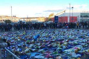 Chủ tịch Leicester City tử nạn: Vì sao người các fan lại 'nặng lòng' như vậy?