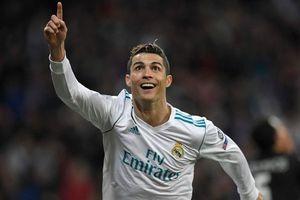 Bố HLV Lopetegui: 'Real khủng hoảng vì bán Ronaldo'