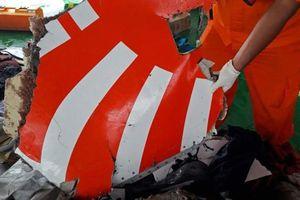 Tìm thấy những mảnh thi thể đầu tiên vụ rơi máy bay Indonesia