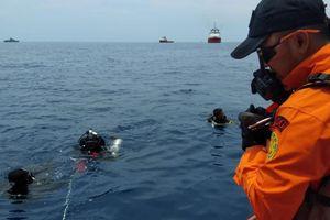 Thảm họa hàng không Indonesia: Chưa tìm thấy ai sống sót