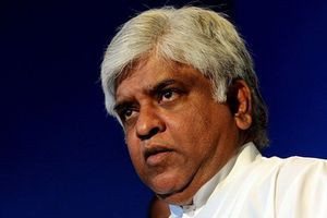 Cảnh sát Sri Lanka bắt giữ cựu Bộ trưởng Dầu mỏ Arjuna Ranatunga