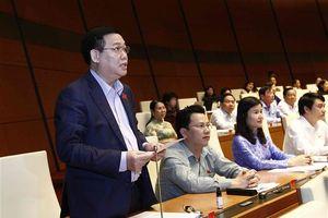 Quốc hội thảo luận về vốn đầu tư công trung hạn và tài chính quốc gia