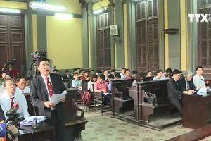 Hoãn tuyên án vụ Vinasun kiện Grab