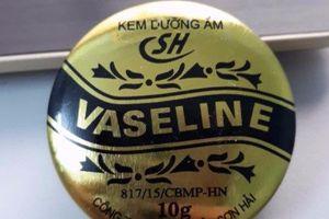 Kem dưỡng ẩm 'thần thánh' Vaseline bị đình chỉ lưu hành