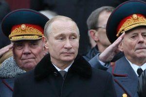 Bất ngờ: Công chúng Nga tín nhiệm quân đội hơn cả Tổng thống Putin?