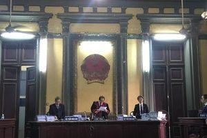 'Đại chiến' Vinasun – Grab: Tạm dừng phiên tòa để xác minh chứng cứ