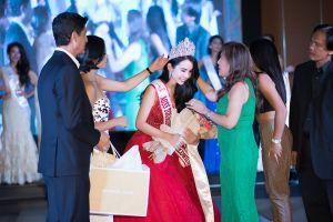 Huỳnh Vy xuất sắc đăng quang Hoa hậu Du lịch Thế giới 2018