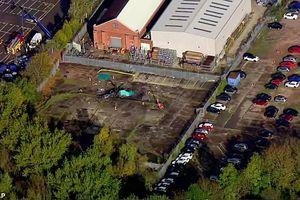 Rơi trực thăng chở ông chủ Leicester City: Thảm kịch lớn được ngăn chặn?