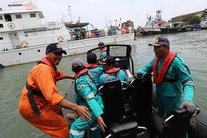 TT Indonesia trấn an gia đình nạn nhân vụ rơi máy bay Lion Air