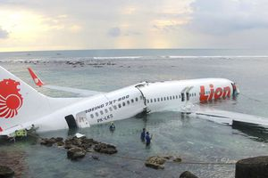 Máy bay chở 188 người lao xuống biển tại Indonesia có gì đặc biệt?