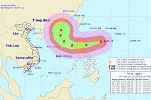 Siêu bão Yutu mạnh nhất năm 2018 đang rất gần Biển Đông, giật trên cấp 17