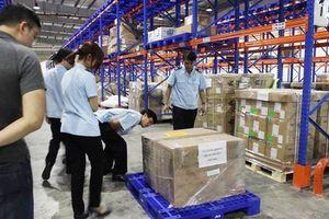 Phó Thủ tướng yêu cầu tăng cường chống buôn lậu, gian lận thương mại qua sân bay Nội Bài