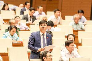 Quốc hội thảo luận về phân bổ ngân sách, đầu tư công