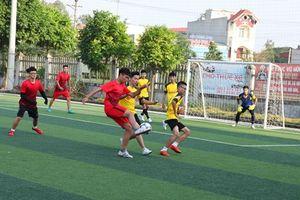 Khai mạc giải bóng đá LVT Cup lần thứ III năm học 2018-2019