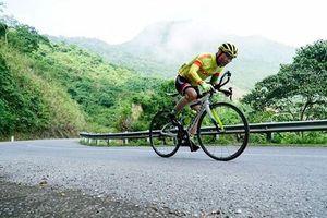 Người bộ đội về hưu đạp xe hơn 100 km/ngày rèn thể lực
