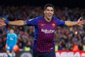 Suarez lập hat-trick, Barca đại thắng trong trận cầu siêu kinh điển