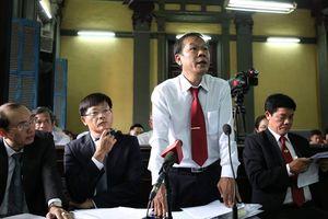 Tạm dừng phiên xử Vinasun kiện Grab để thu thập thêm chứng cứ giám định thiệt hại