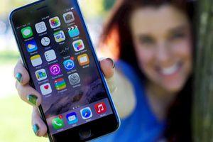 Người dùng điện thoại iPhone năng động, hạnh phúc và kiếm được nhiều tiền hơn Android