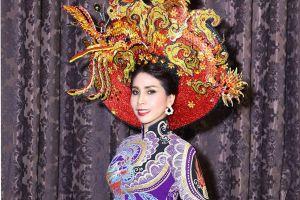 Em gái Lý Hùng trở lại sàn diễn thời trang sau hơn 20 năm vắng bóng