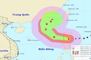 Bão Yutu giật cấp 15 vượt đảo Luzon vào Biển Đông