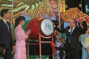 2.500 tân sinh viên Trường ĐH Văn Hiến bước vào năm học mới