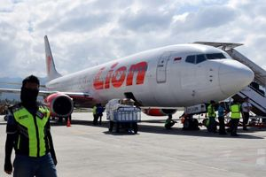 Indonesia: Máy bay chở 188 người đâm xuống biển