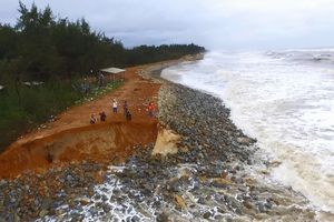 300 tỉ đồng xây dựng tuyến kè bảo vệ bờ biển Thuận An - Tư Hiền