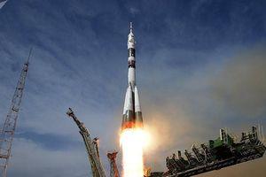 Chuyên gia Nga tháo rời tên lửa Soyuz-FG để kiểm tra