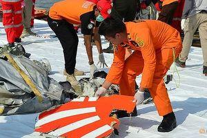 Ngư dân bàng hoàng kể lại giây phút máy bay Indonesia lao xuống biển