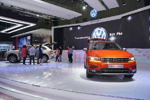 Đi xem VMS 2018, 30 khách 'xuống tiền' mua Touareg 2019 giá hơn 3 tỷ đồng