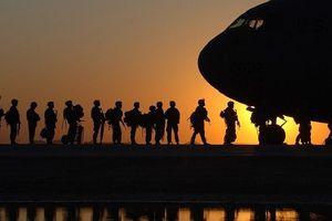 Lo sợ người di dân, Mỹ lập hàng rào bê tông, đưa thêm lính tới biên giới