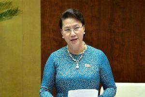 Vụ đổi 100 USD: Chủ tịch Quốc hội chỉ đạo 'quy định nào không hợp lý phải sửa cho dân nhờ'