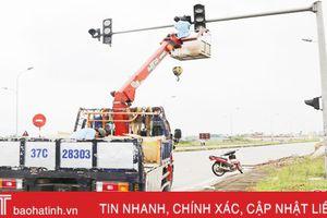 Cụm đèn giao thông ngã tư Thạch Hạ…'hồi sinh'