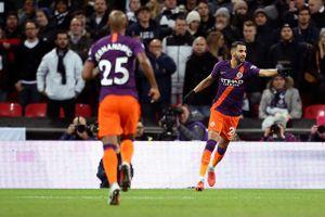 Clip: Đả bại Tottenham, Man City đánh chiếm ngôi đầu