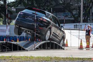 Porsche Cayenne thế hệ mới: Không chỉ dành cho phố thị