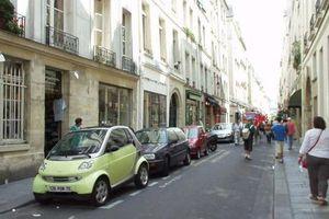 Pháp kêu gọi mở rộng chương trình đổi xe cũ lấy xe mới