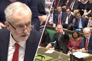 Jeremy Corbyn cáo buộc chính phủ Anh làm hỏng ngân sách hứa hẹn