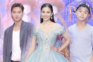 Hoa hậu Tiểu Vy hóa thân thành nàng công chúa Disney, lạc vào vương quốc kỳ lạ