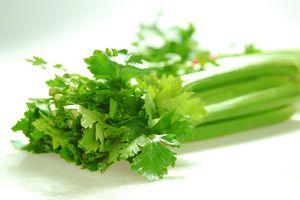 Những thực phẩm quen thuộc giúp bạn phòng chống ung thư và bệnh tim tốt nhất
